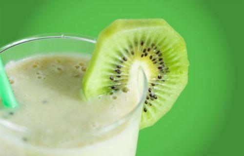 frullato-yogurt-kiwi-arancia[1]
